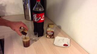 Faire un cocktail Black Cola - Recette café coca
