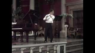 Enrique Ulloa, Sinfonía India de Carlos Chavez para Flauta Sola.