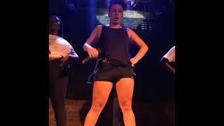 Baixar Gloria Groove fazendo Passagem de Som antes do Show(Indecente, Arrasta, Muleke Brasileiro, Gloriosa)