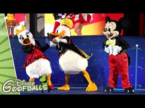 Surprise Mickey! Mickey's 90th Birthday! - Christmas Disneyland Paris 2018 🎄 Mp3