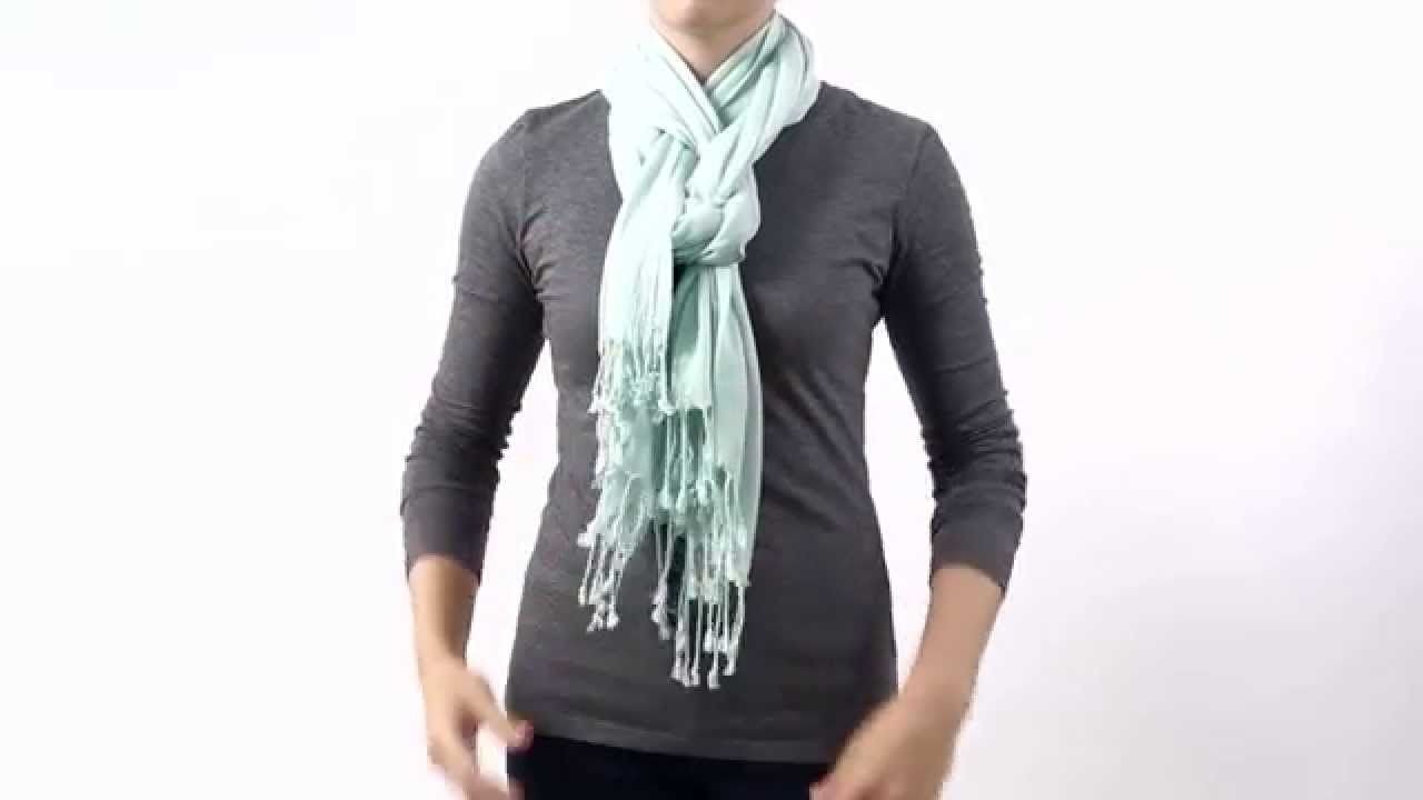 HOW TO TIE A SCARF - THE PRETZEL KNOT - YouTube