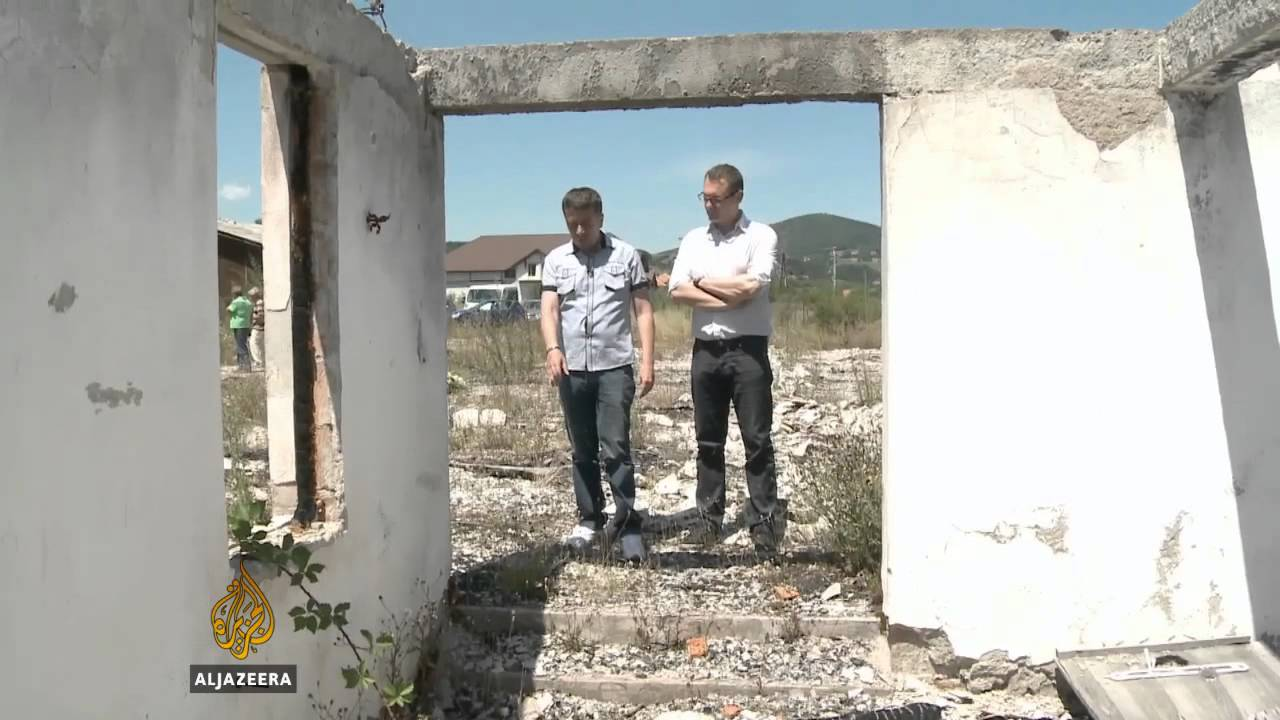 Rezultat slika za Bh. logoraši obišli logor u Srbiji