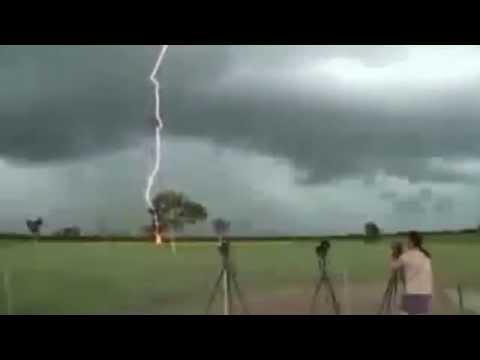 молния замедленной съемке видео