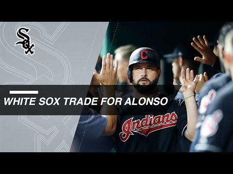 White Sox acquire Yonder Alonso from the Indians