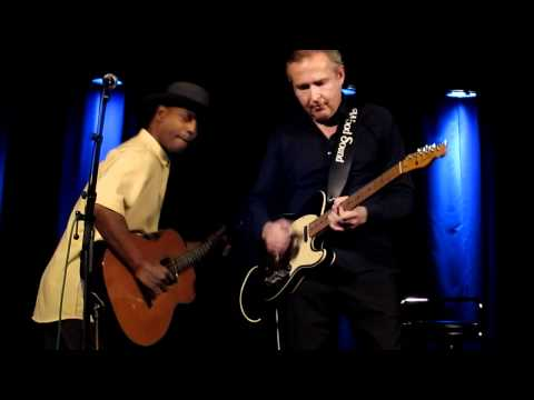 Eric Bibb & Staffan Astner - Don't Let Nobody Drag Your Spirit Down (live 2011)