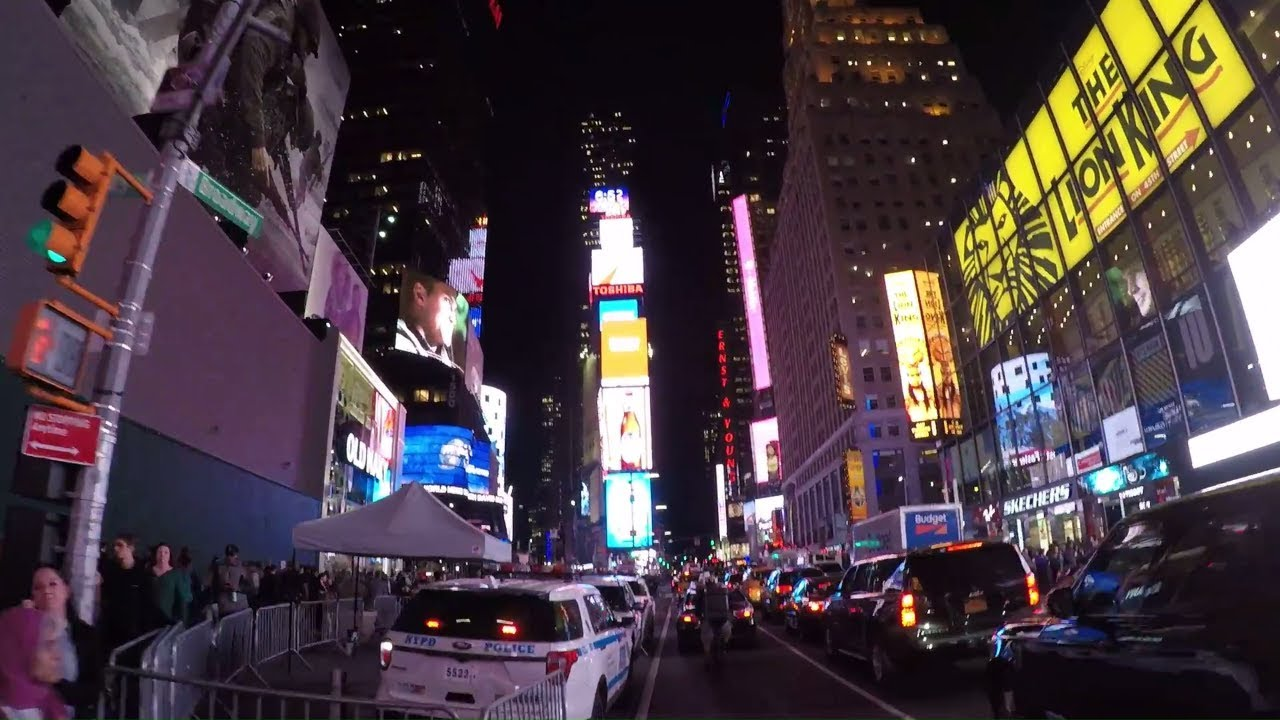 Dear NYPD: Please Give New Yorkers The Times Square Bike Lane Back ;  Cycling Times Square At Night