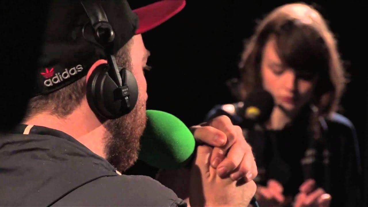 chvrches-we-sink-in-session-for-bbc-radio-1-bbc-radio-1