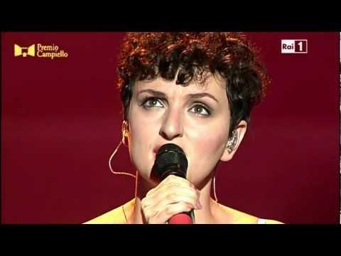 Premio Campiello 2012 - Arisa - L'amore è un'altra cosa - Live ...