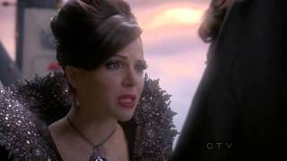 "Once Upon A Time 1x07 ""The Heart is A Lonely Hunter"" Evil Queen, Magic Mirror and Snow White"