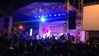 NDX aka Familia - Cintaku tak terbatas waktu live balaikota Semarang Mp3