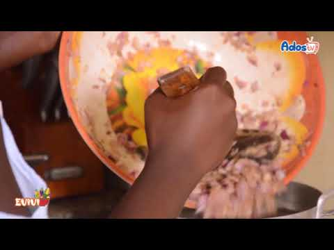Yassa au poulet dans l'émission culinaire EVIVI de Ados'TV