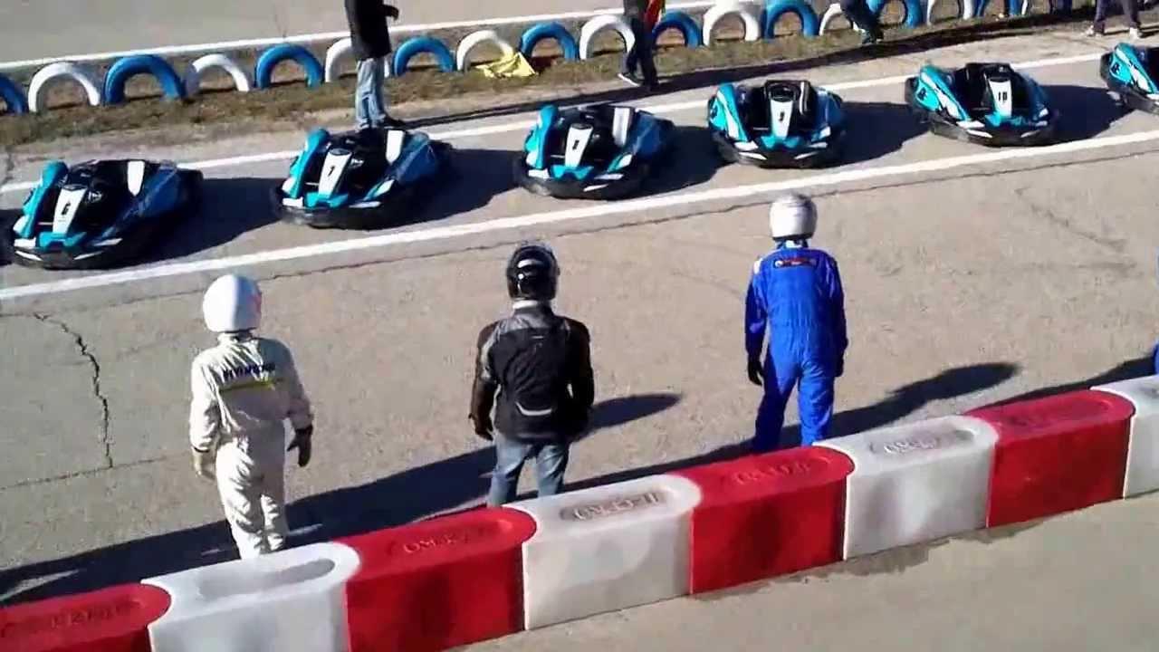 Circuito Karts Santos De La Humosa : Carrera de resistencia en los karts santos la humosa
