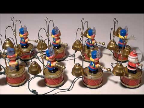 Mr Christmas Santa's Marching Band - YouTube