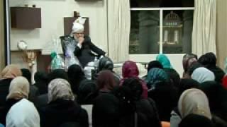 Gulshan-e-Waqfe Nau (Lajna) Class: 7th November 2009 (Part 1)