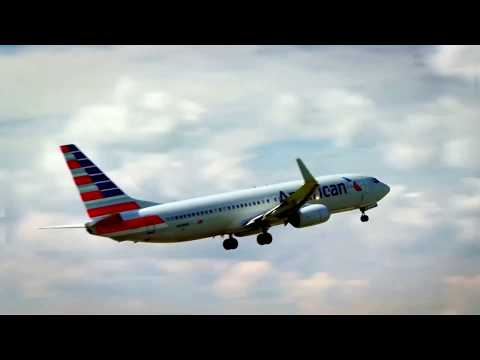 American Airlines says to cut management and support staff by 30%