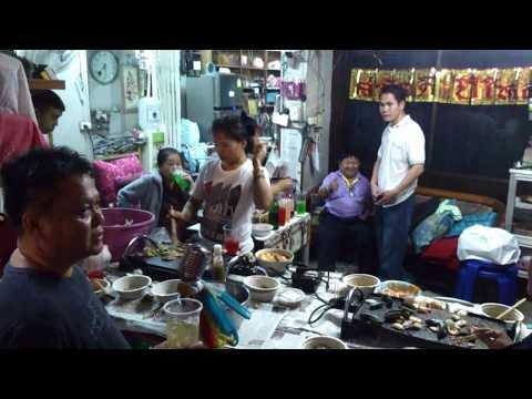 Thai karaoke: egy hétköznapi családi este - Chiang Mai