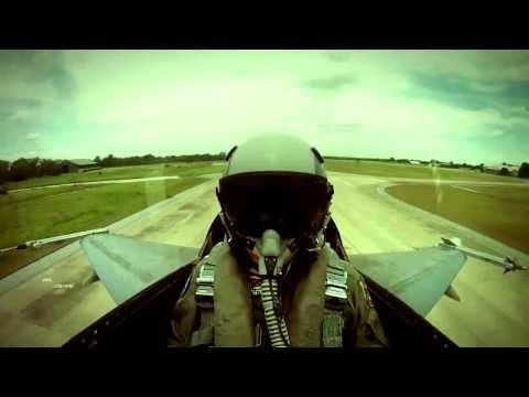 กองทัพไทย Royal Thai Armed Forces 2013 [HD]
