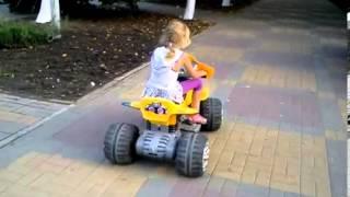 Детские электромобили для проката - Одесса(Самый широкий выбор детских электромобилей, детских квадроциклов по самым низким ценам. Заходите и заказыв..., 2013-06-08T16:44:28.000Z)