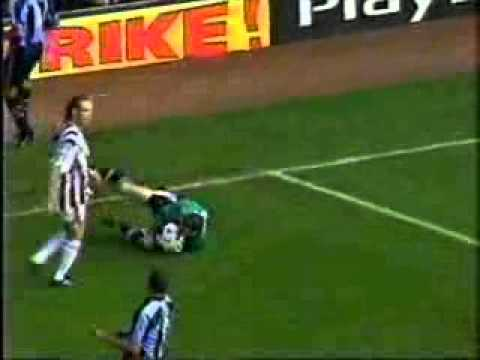 Dion Dublin Sneaky Goal Vs Shay Given