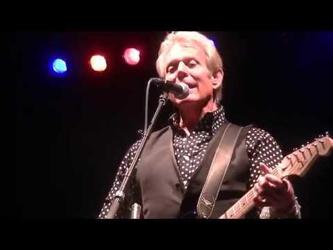 Don Felder-Take It Easy live in Milwaukee, WI 8-22-15