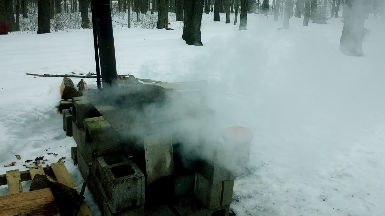 maple syrup boiling sap with the cinder block evaporator youtube