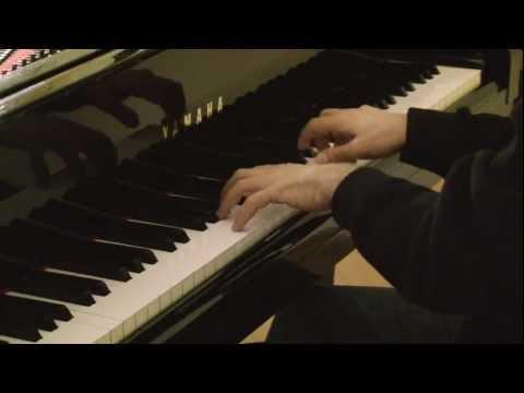 BORDÕES AO LUAR - (Tia Amélia). Piano: Marco Aurélio Xavier