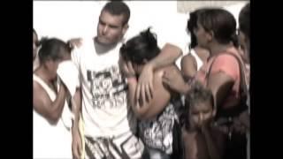 Download Video Jovem é assassinada dentro de casa com dez tiros MP3 3GP MP4