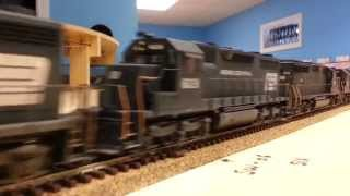 Penn Central Auto box / Rack train H.O Scale.