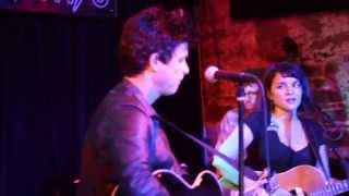 Billie Joe Armstrong & Norah Jones - Roving Gambler (New York City 2015)