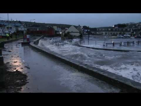 Perranporth Cornwall Tidal Surge 7.40am Sunday 5th January 2014