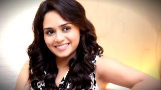 Amrita Khanvilkar HOT & BOLD Dance Video Goes VIRAL