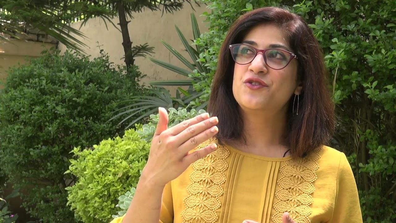 Hot Tv anchor Amber Rahim Shamsi