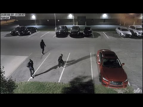 Surveillance video: Thieves steal cars from Infiniti dealership