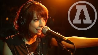 Sister Sparrow & The Dirty Birds - Catch Me If You Can - Audiotree Live