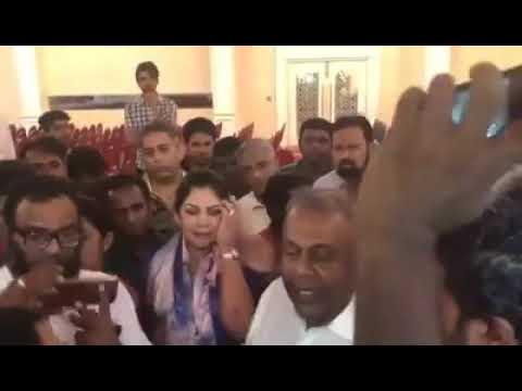 මෛත්රී පර බල්ලා කියා මංගල බනී - Mangala says President Maithree a Traitor