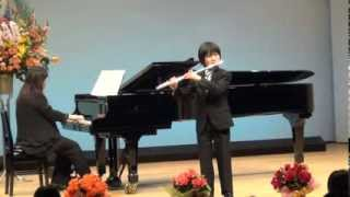 4.7.2013 Japan The presentation of the piano classroom. Flute: Umeh...