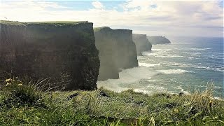 IRLAND / IRLANDE / IRLANDA / IRELAND. Globalisation meets Celtic Impacts