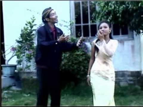 Perawan Kalimantan - Pak To & Eny