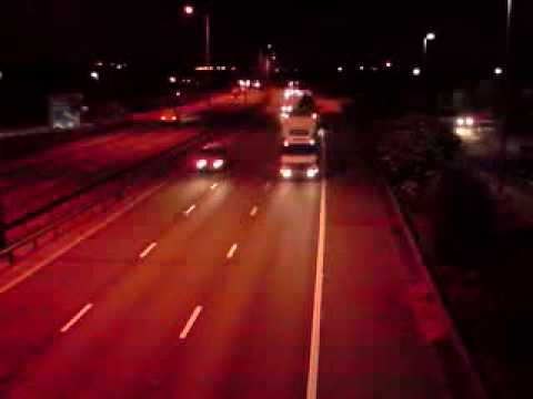 vehicles goin Northbound on the M1 at 4am