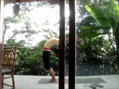 mornning sun salutation in chiang raisivananda yoga