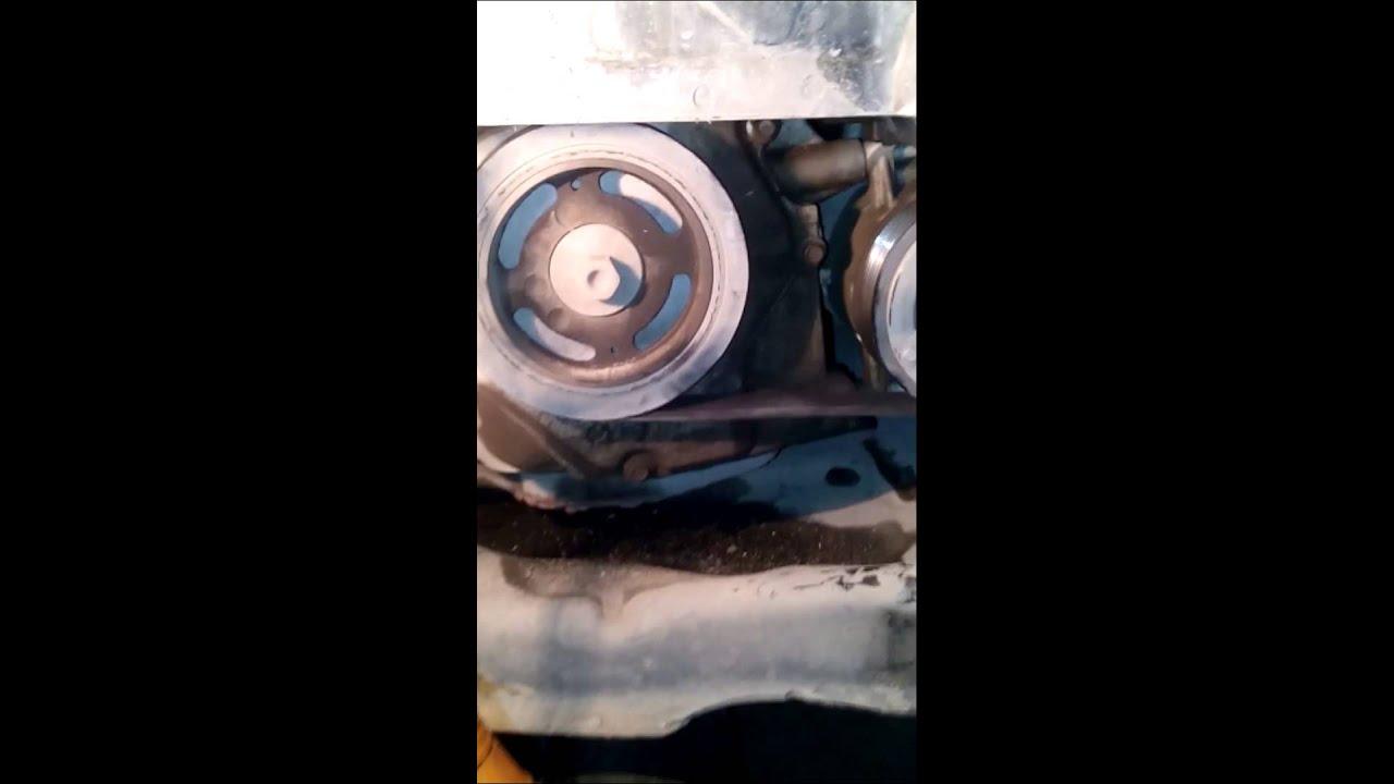 Замена ремней и подшипников роликов натяжытеля — Nissan Note, 1.4 ... | 720x1280