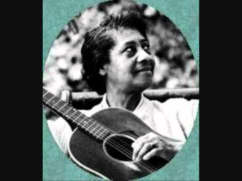 Elizabeth _Libba_ Cotten (1895-1987) - Shake Sugaree.mp4