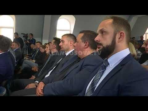 Serbët tërheqin ultimatumin për Asociacionin - 19.04.2018 - Klan Kosova