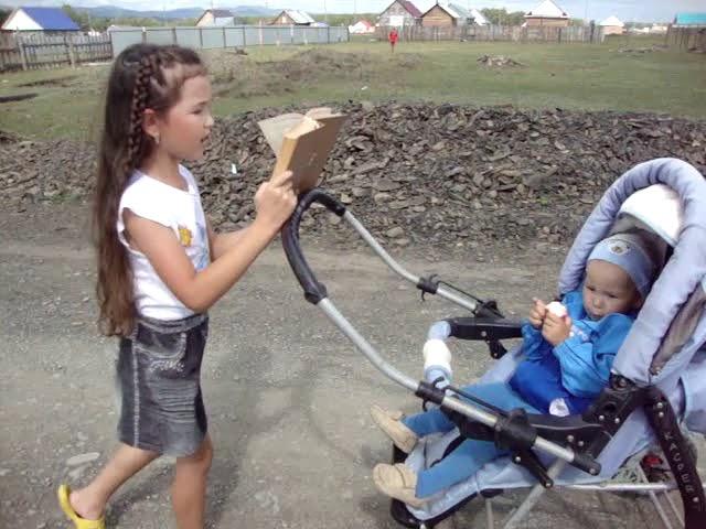 Изображение предпросмотра прочтения – АминаТелявгулова читает произведение «Несказанное слово» (Карим Мустай)