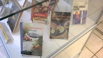 Jyväskylän yliopiston kirjasto - Sci-fi könyvek kiállítása