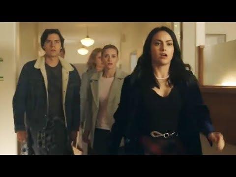5 BIGGEST Riverdale Season 2 Premiere Moments
