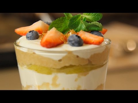 Слоеный десерт из груши и творога. Рецепт от шеф-повара.