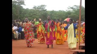 Emmausi nduta choir Unanijari
