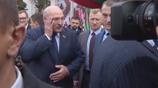 Лукашенко шутит про Зеленского и журналистов: Господи, как он вас терпит! / Встреча Президентов