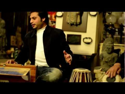 Akbar Ali (Vocal) and Haroon Samuel Imran (Tabla) at My Home in Lahore - Charukeshi